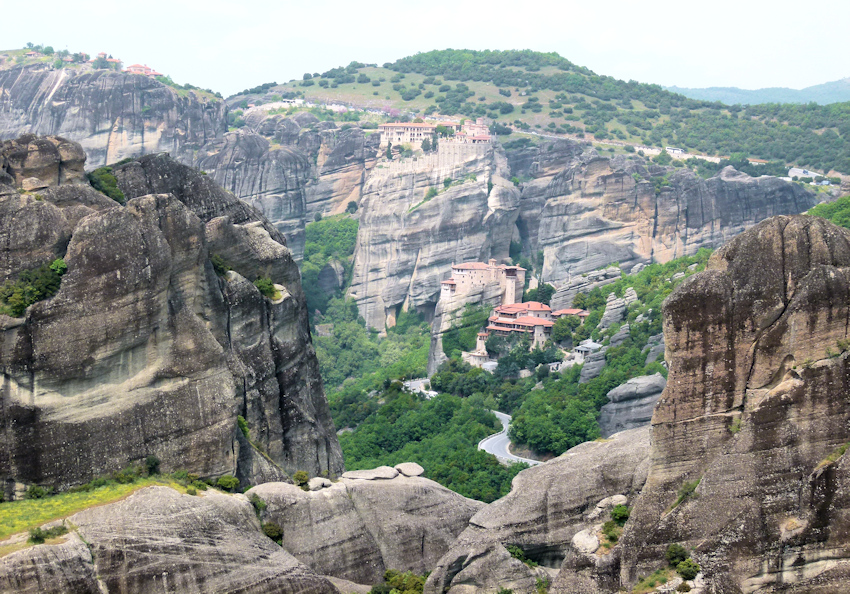 Meteora Wanderung durch mystische Felsenlandschaft