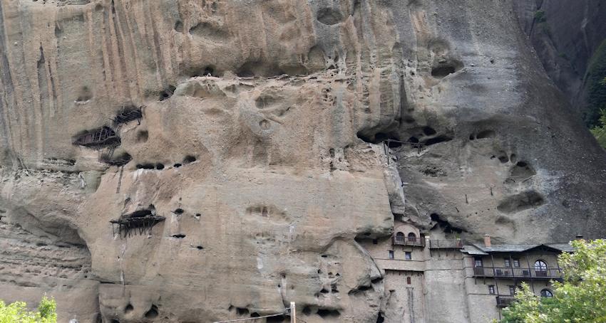 Meteora Wanderung durch mysthische Felslandschaft
