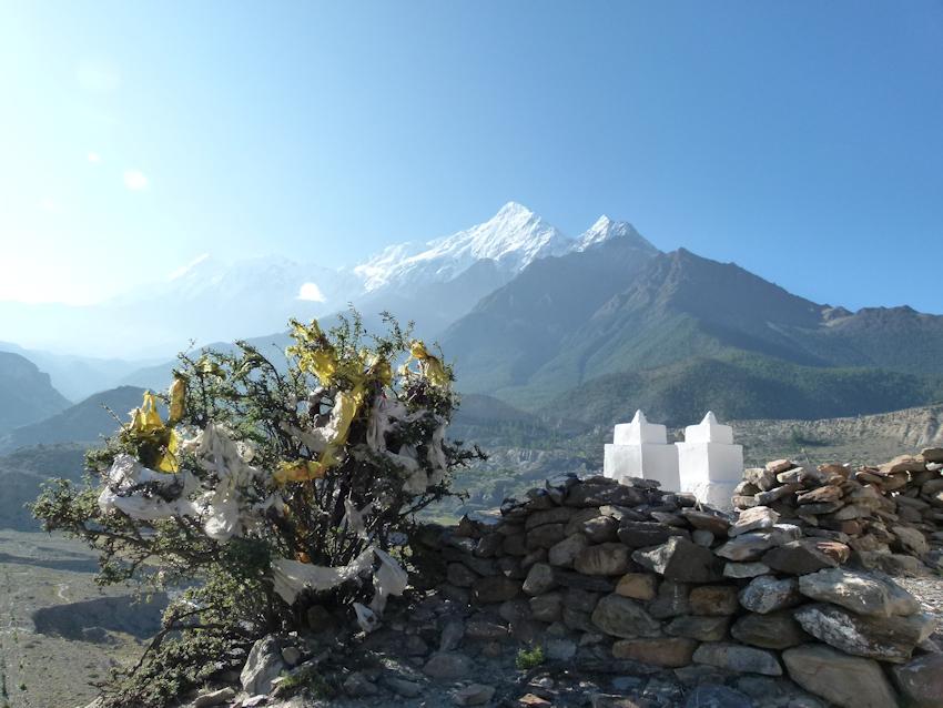 Vor und hinter dem Dach der Welt: Mustang und Nepal
