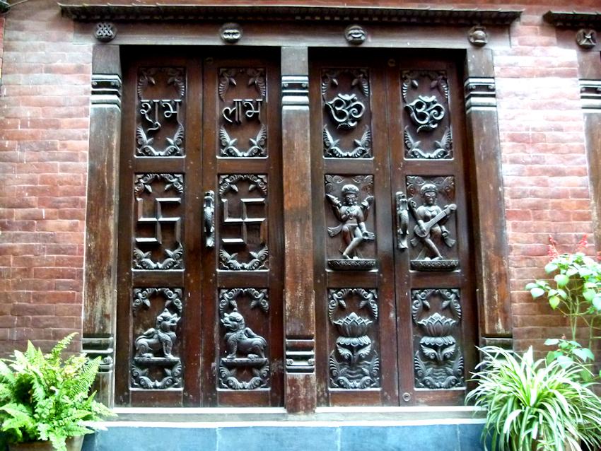 Hier in Bhaktapur gibt es allein 172 Tempel!