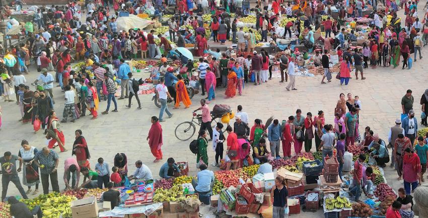Nepal: buntes Markttreiben in Bhaktapur