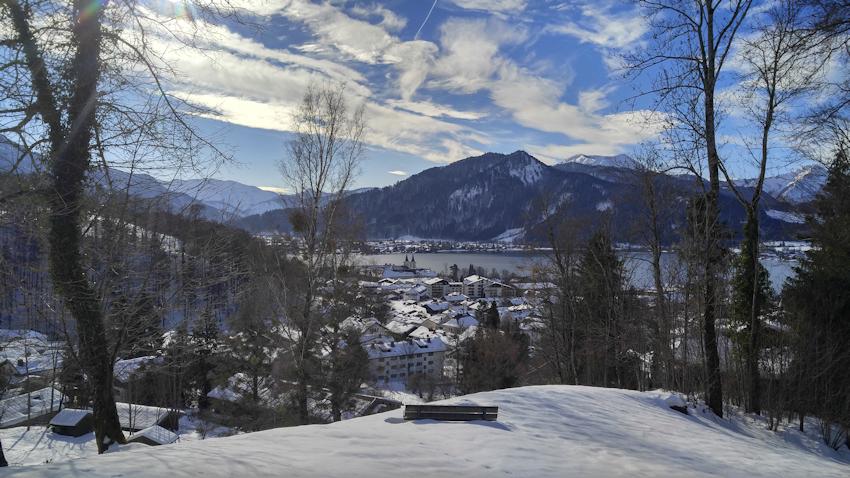 Winterwanderung mit Rodel: Abenteuer an der Neureuth überm Tegernsee