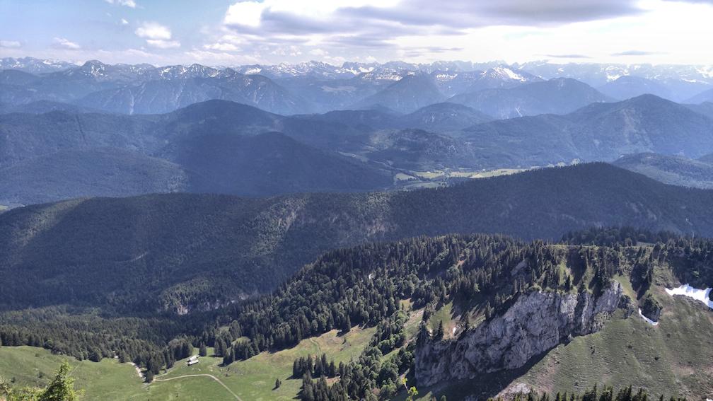 Latschenkopf Aussicht, Spannende Zweitagestour: Benediktenwand von Lenggries