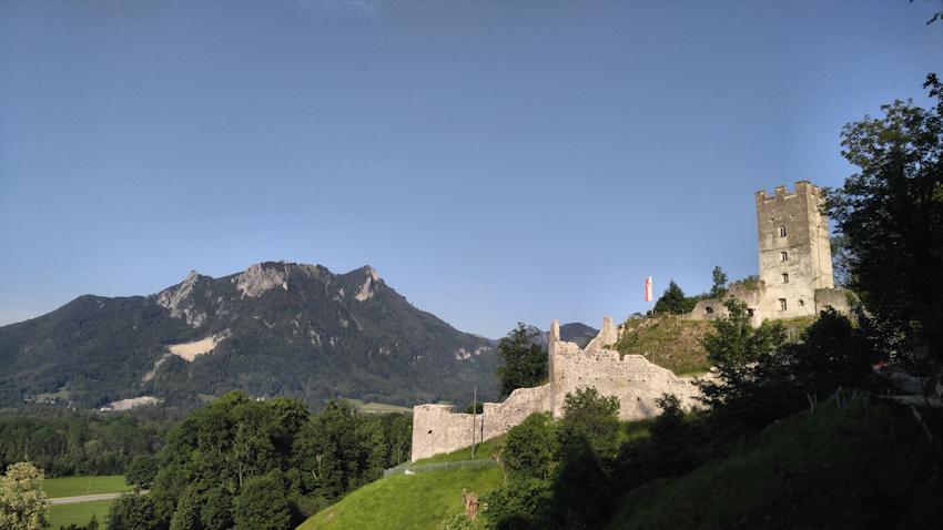 Ruine der Burg Falkenstein bei Flintsbach