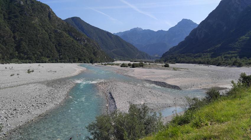 Der Fluss Fella auf der Fahrradtour Treviso nach Venzone