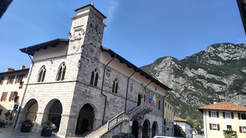 Festungsstadt Venzone im Friaul Venetien