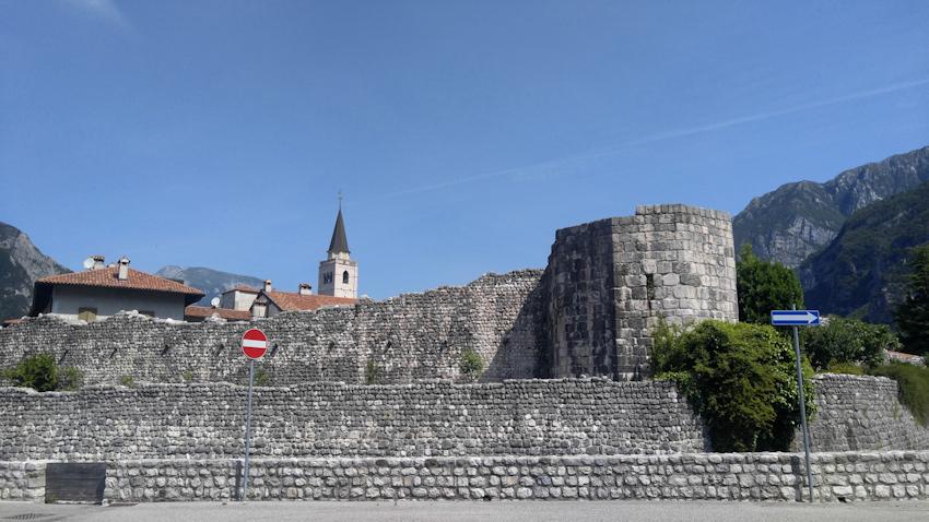 Venzone Festungsstadt Alpe Adria Radweg