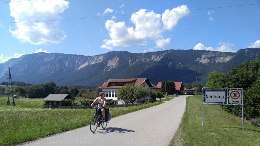 Tarviser Radweg bei Neuhaus