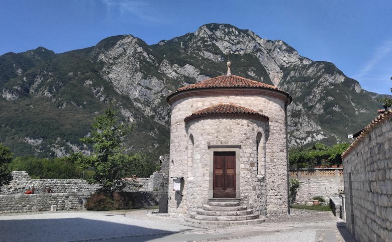 Venzone Mumien Kapelle