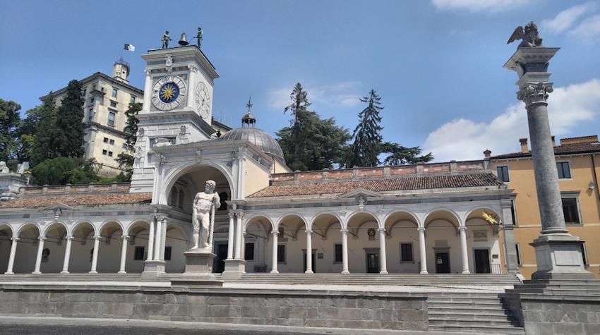historische Altstadt Udine Piazza della Liberta