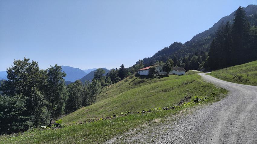 Wanderung zum Brünnsteinhaus vom Tatzelwurm