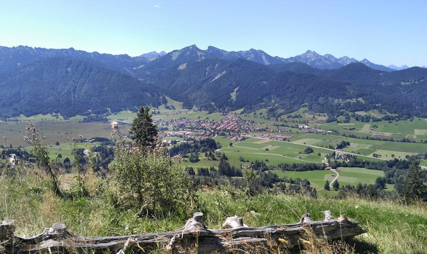 Unterammergau mit Pürschling und Klammspitz
