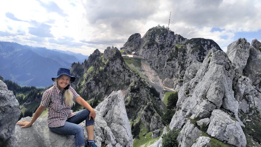 Am Gipfel der Kesselwand mit Blick hinüber zum Wendelstein