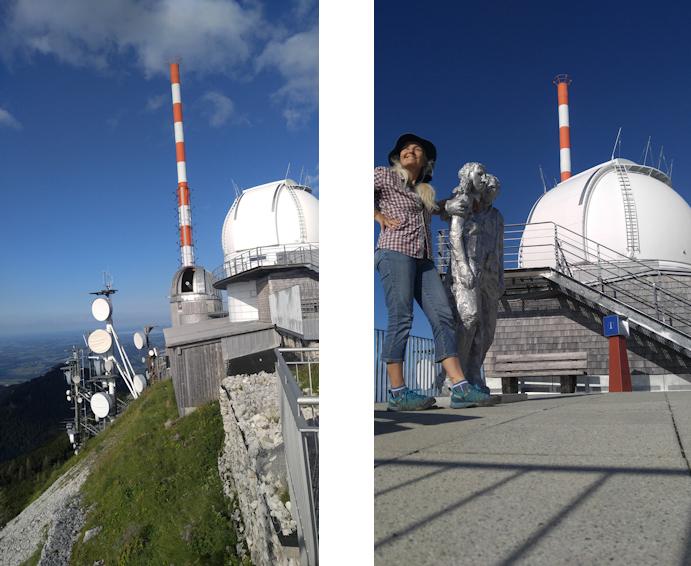 Vor Sendemast und Sternwarte am Gipfel des Wendelstein