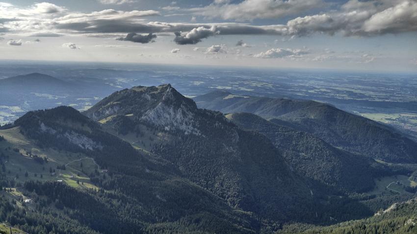 Wunderschöner Panorama Blick nach Nordwesten vom Gipfel des Wendelstein