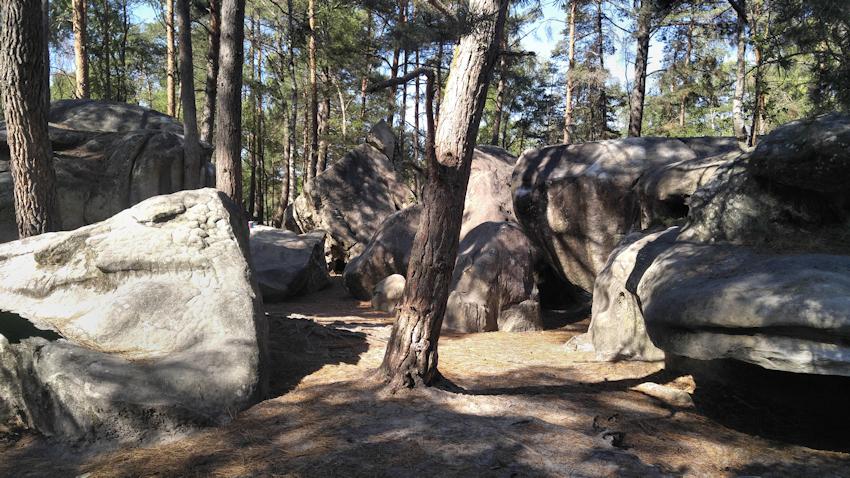 La Roche aux Sabots Boulder