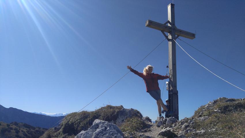 Gipfelkreuz der Pyramidenspitze am Zahmer Kaiser Gebirge
