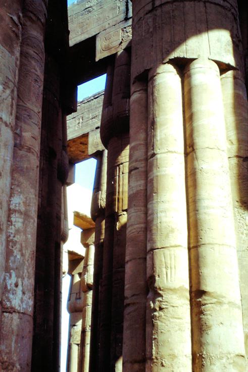 Säulengang vom Luxor Tempel