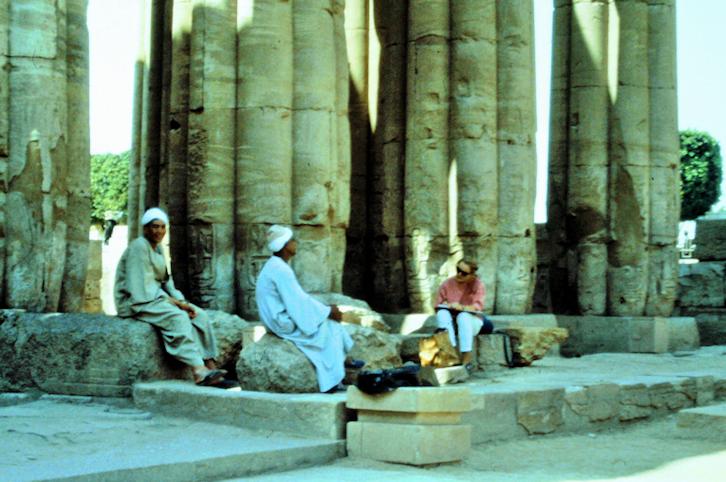 Zeichnen im Luxor Tempel