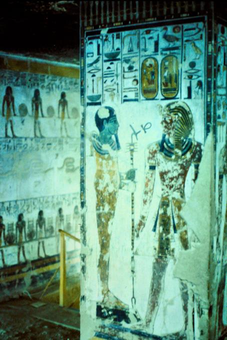 Malereien in einem Pharaonengrab im Tal der Könige