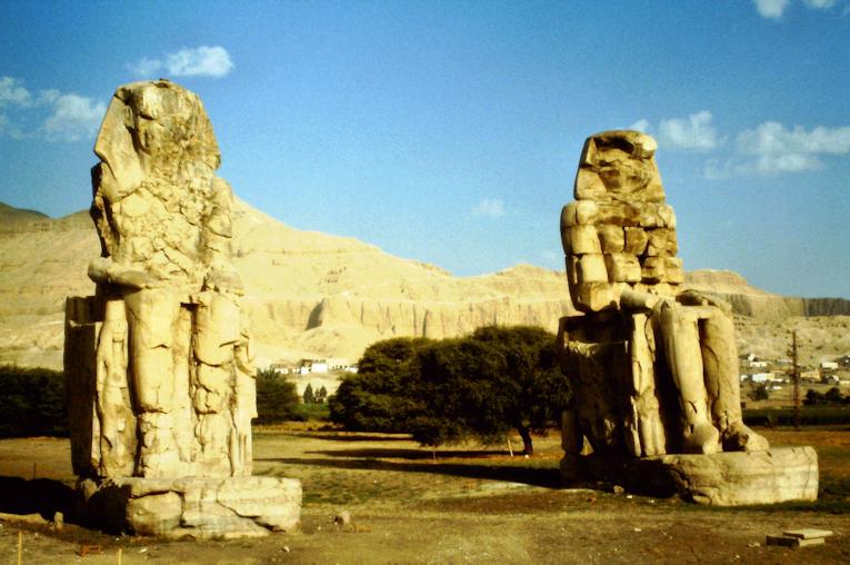 Die Memnon-Kolosse
