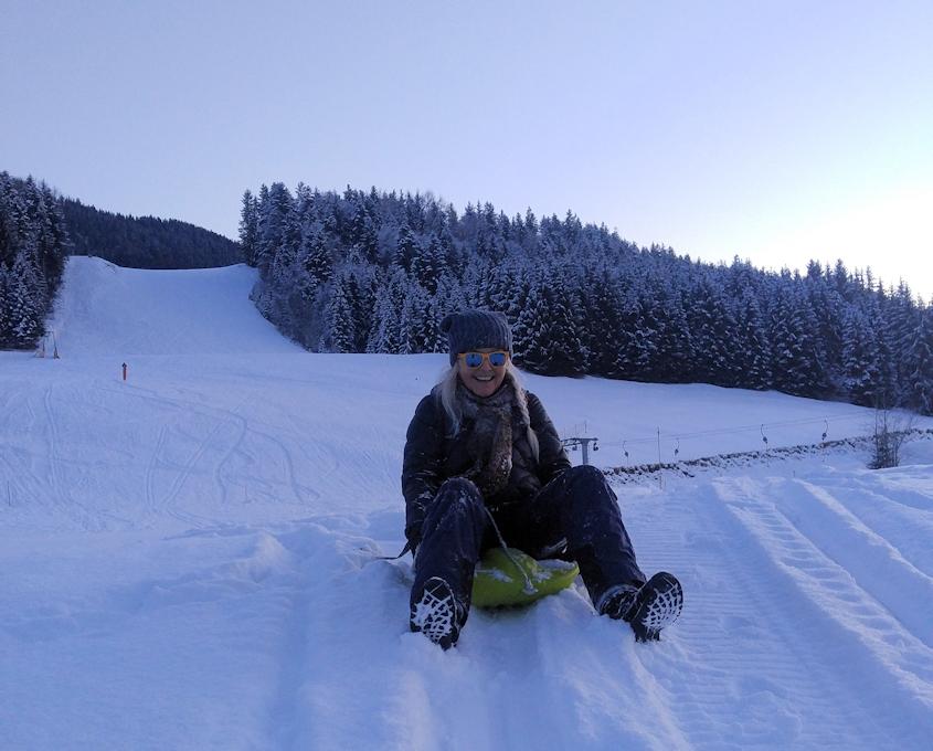 Rodeln vom Schneeberg hinunter