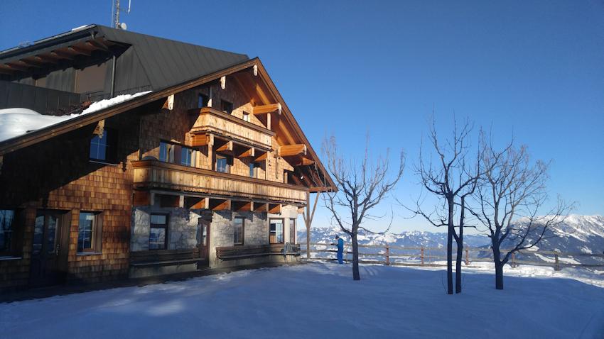 Pendlinghaus im Winter