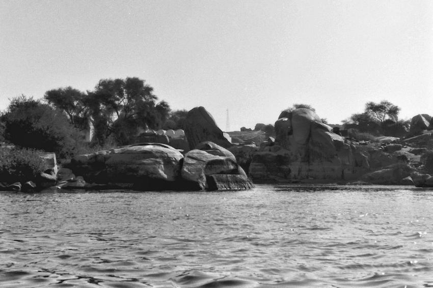 Im Ruderboot durch den ersten Nil Katarakt