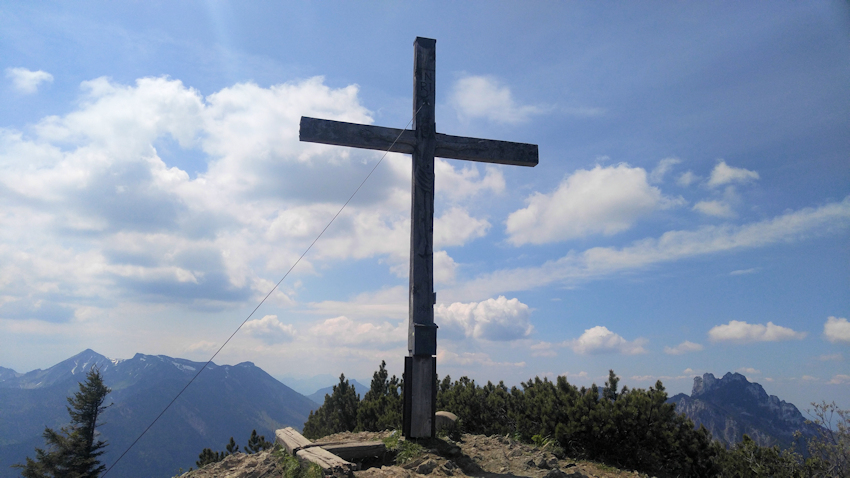 Erster Gipfel: die Hochplatte