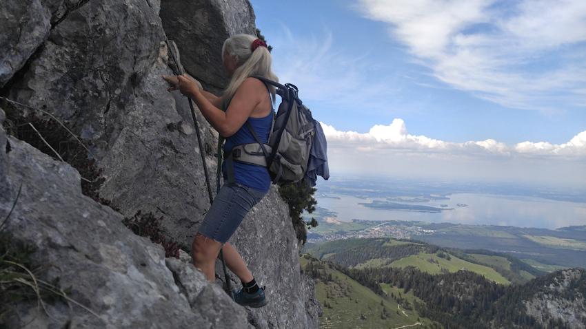 Abenteuerliche Pfade auf Hochplatte und Kampenwand