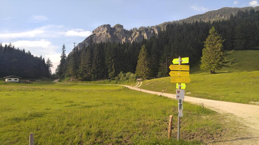 Wanderung: Überschreitung vom Hochfelln zum Hochgern