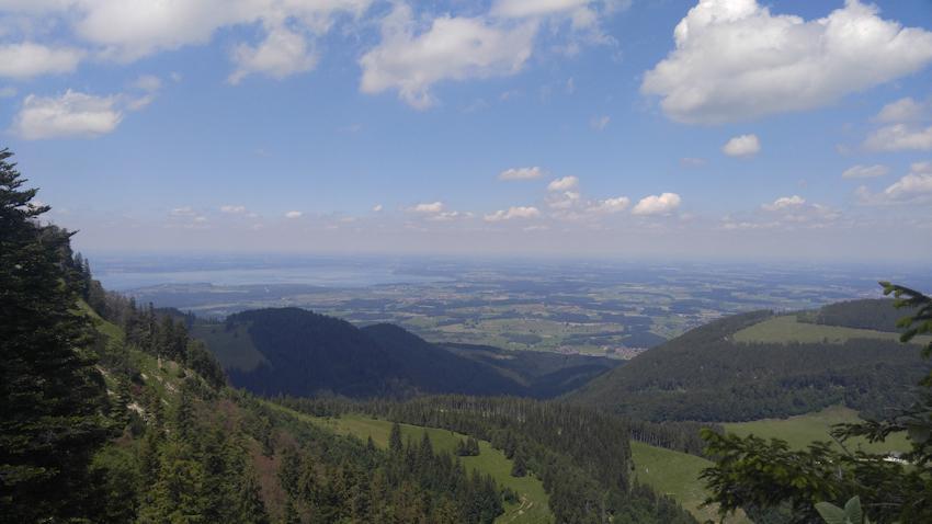 Aufstieg über Strohnschneid zum Hochfelln mit Blick ins Chiemgau hinein