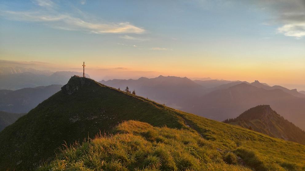 Abendrot am Gipfel des Hochgern