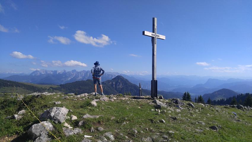 Überschreitung: von Aschau über den Laubenstein zum Gipfel der Hochries