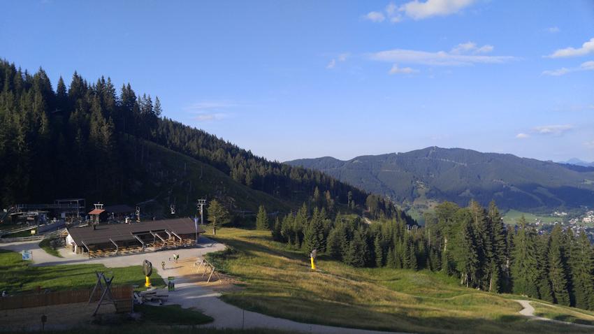 Kolbensattel-Hütte und Alpine Coaster