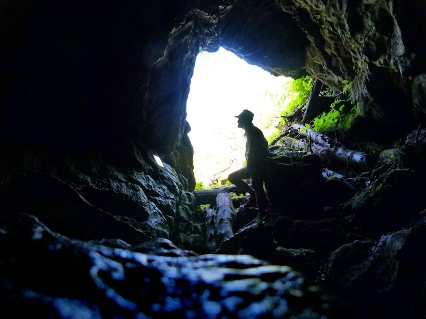 Höhle am Laubenstein