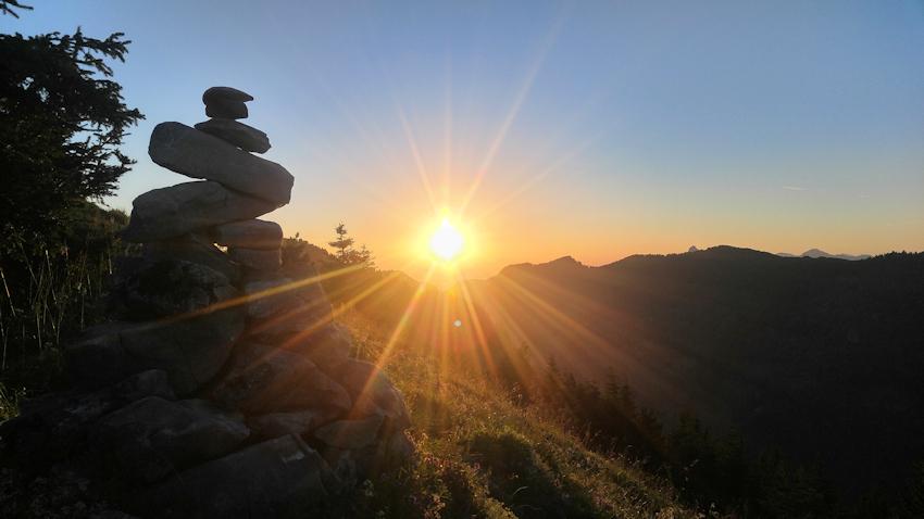Sonnenaufgang am Berg am Feichteck