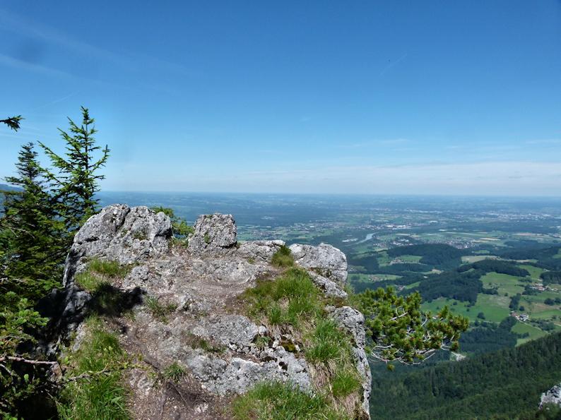 Aussichtsfelsen am Heuberg